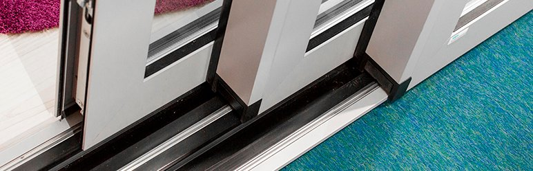 Close up of Triple Track variant of C160S Aluminium Lift/Slide Door from Sapa